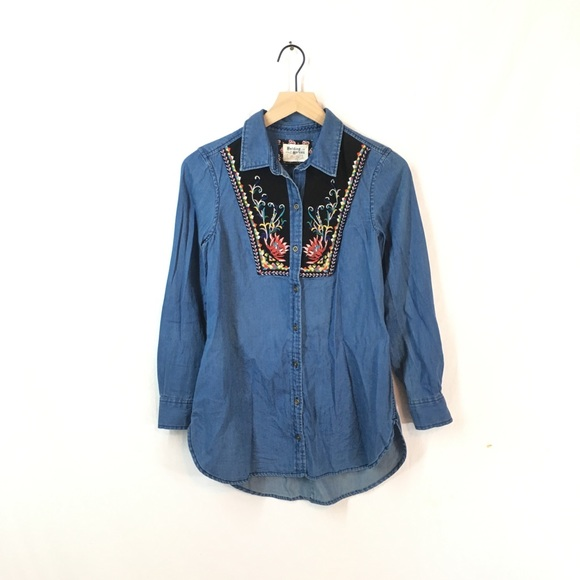 22663212a8f Anthropologie Tops   New Holding Horses Embroidered Murelet Shirt ...